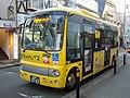 Odakyu Bus Tamagawagakuen Community bus 01.jpg