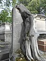 Père-Lachaise, Sadness (10153510896).jpg