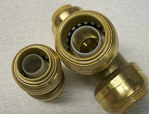 Compression fitting - A  Push-in compression fitting.