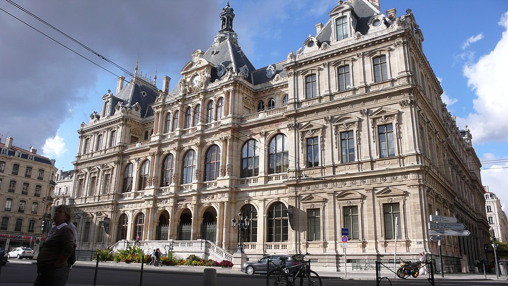 File palais de la bourse vu par saint bonaventure for Chambre de commerce lyon