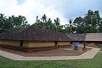 Pallimanna Siva temple complex DSC 0618.JPG