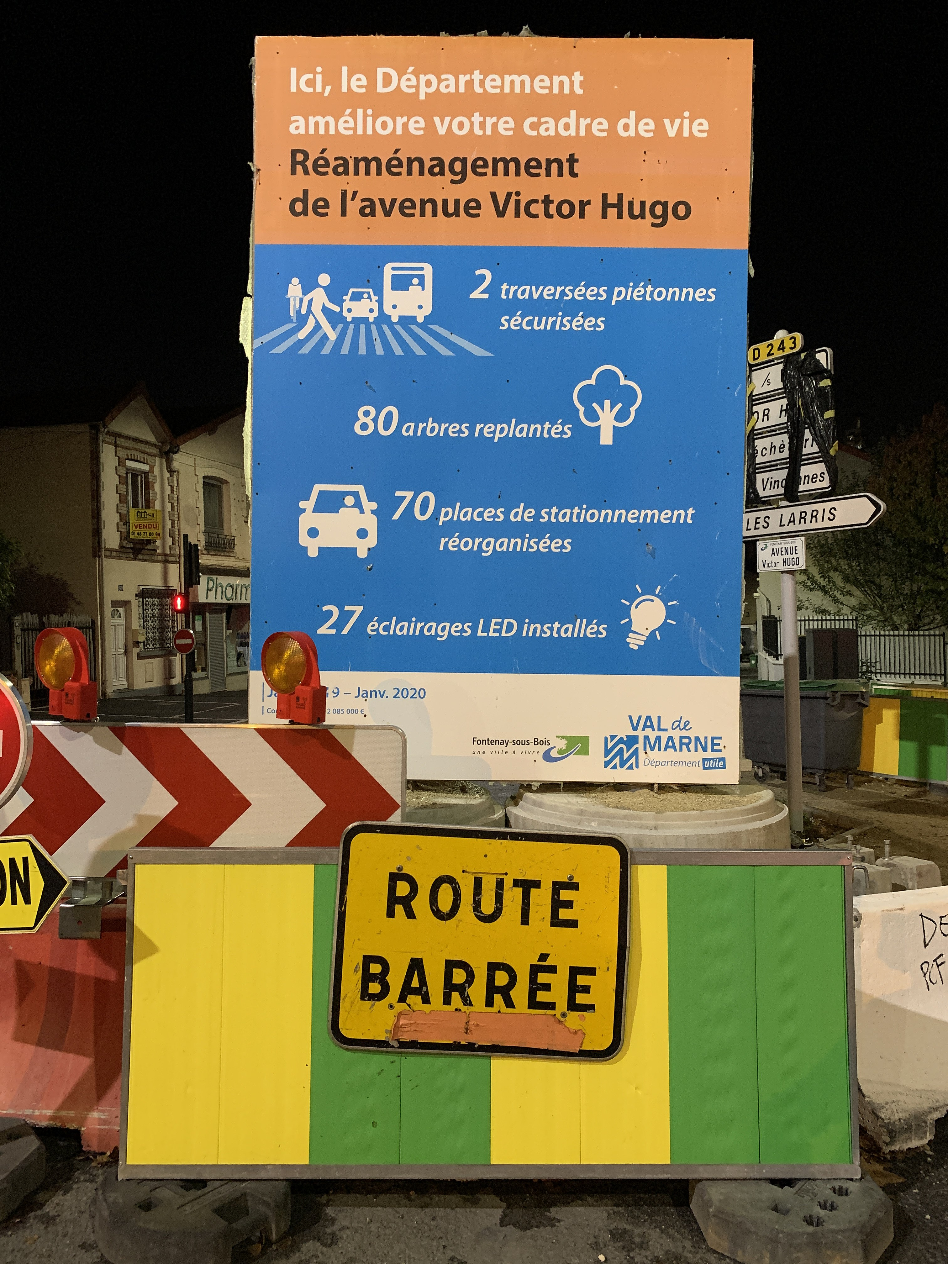 Vivre Dans Les Travaux file:panneau travaux réaménagement avenue victor hugo