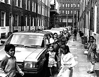 British Bangladeshi - British Bangladeshi children in Whitechapel, 1986