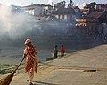 Pashupatinath Nepal (3992755804).jpg