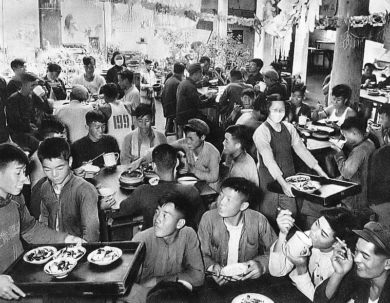 People%27s commune canteen2