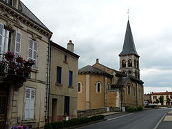 Perrier (63) église.JPG