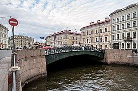 Pevchesky Bridge SPB 01.jpg