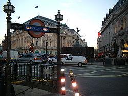 Piccadilly Circus undergrunnsstasjon