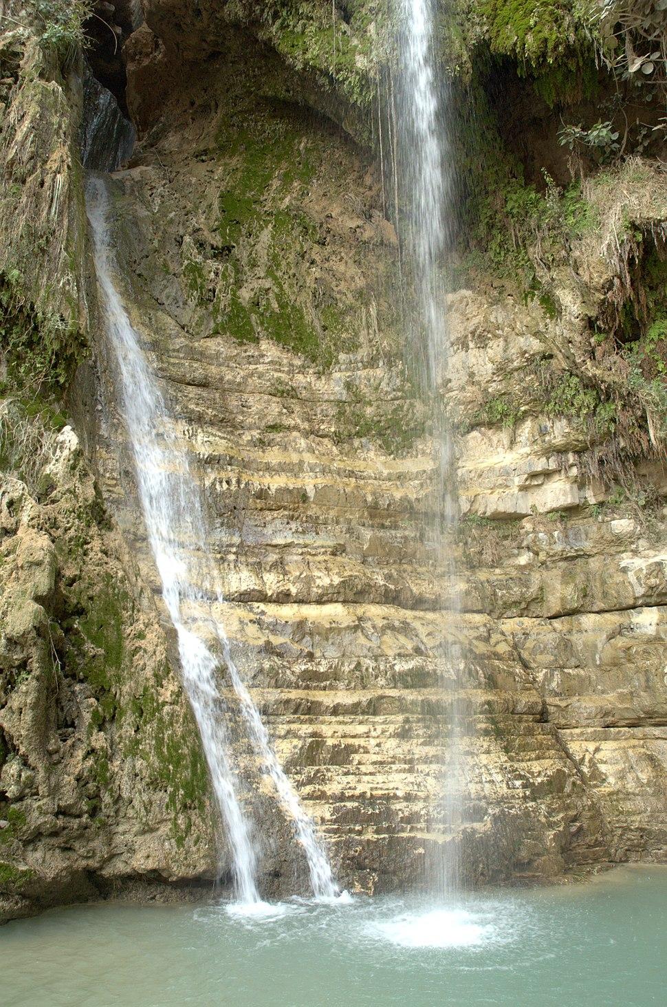 PikiWiki Israel 4281 Waterfall in Ein Gedi