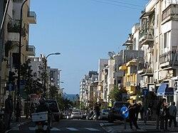 PikiWiki Israel 7178 Bialik Street in Tel - Aviv.JPG