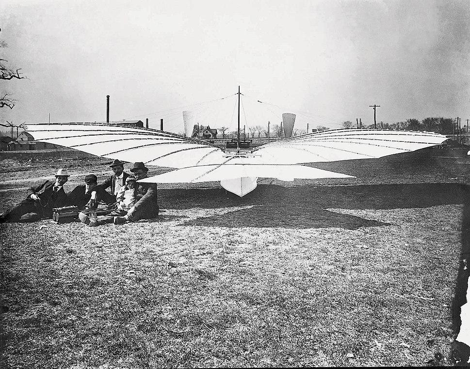 Plane rear w crew