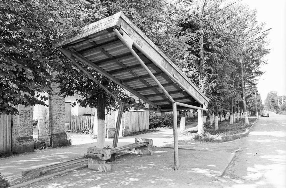 Pn-bus-stop-plesheevskaa-2000