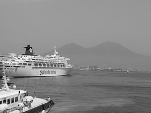 SS Oceanic (1965) - Oceanic photographed during her service with Pullmantur Cruises