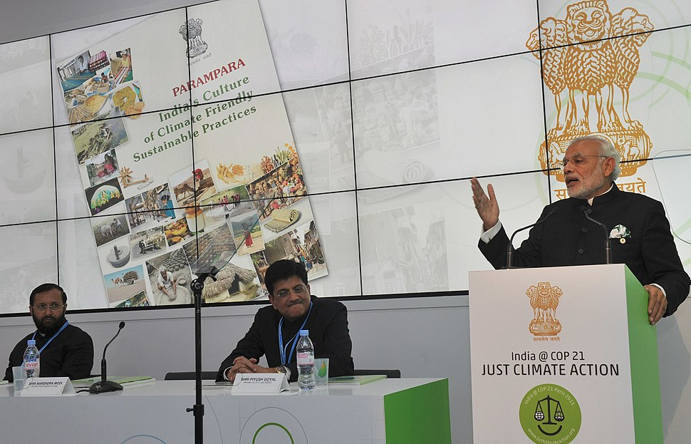 Prime Minister Narendra Modi at India Pavilion in Paris during COP21 (23193999974)