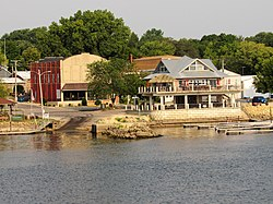 Princeton, Iowa from the Mississippi River 01.jpg