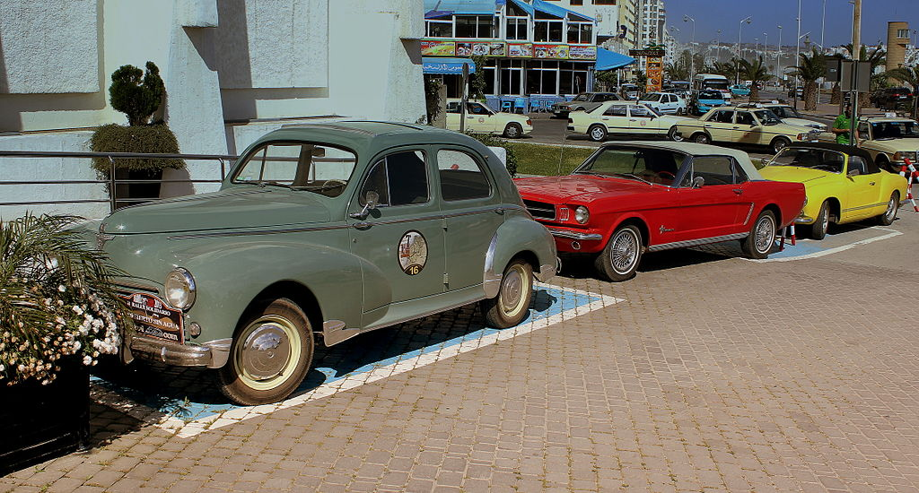 file rally line up including a peugeot 203 ford mustang 1960 steve mcqueen bullet type and a. Black Bedroom Furniture Sets. Home Design Ideas