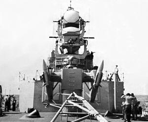 RIM-2 Terrier missiles and radars on USS Farragut (DLG-6) c1961.jpg