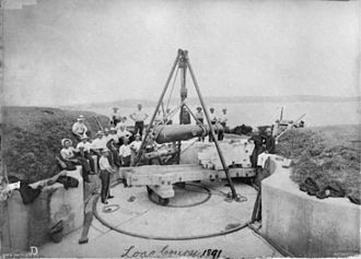 Middle Head Fortifications - RML gun being removed in 1891