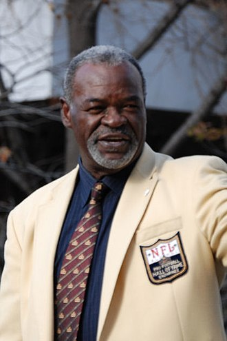 Rayfield Wright - In Hall of Fame jacket in 2006