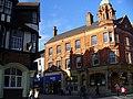 Redhill - High Street & Station Road corner - panoramio.jpg