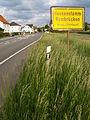 Rembrücker Ortsschild, Durchfahrtsstrasse.jpg