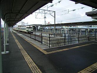 Rifu Station - View of the platforms, January 2007
