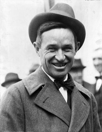 Will Rogers - Will Rogers, photograph by Underwood and Underwood