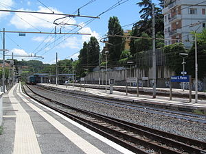 Roma San Pietro railway station - The station platforms.