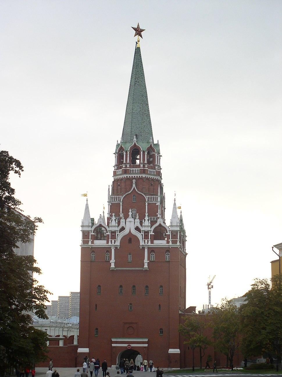 Russia-Moscow-Kremlin-Trinity Tower-1