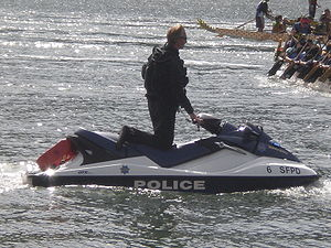 300px SFPD Jet Ski no. 6 at 2008 SFIDBF - INJURY ATTORNEY OFFERS A JET SKIER SAFETY REMINDER