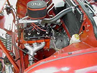 Saab two-stroke - The three cylinder two-stroke engine.