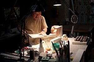 Etsuro Sotoo - Etsuro Sotoo at work in the gypsum workshop of Sagrada Família