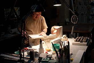 Sagrada Família - Japanese artist Etsuro Sotoo at work in the gypsum workshop