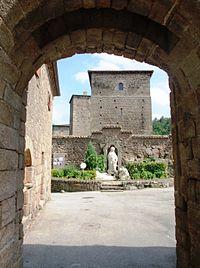 Saint-Romain d'Ay entrée 3.JPG