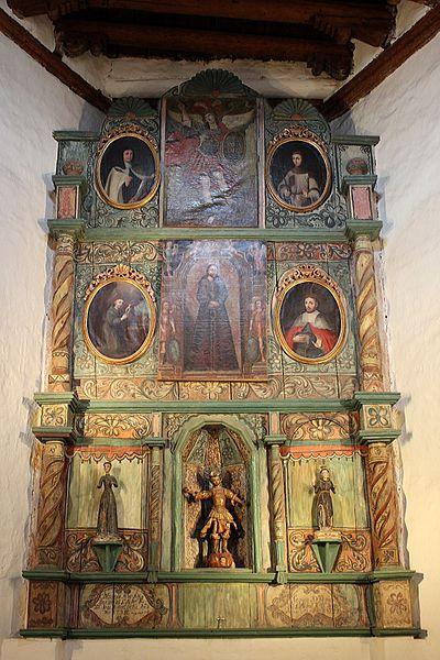 File:San Miguel Mission Santa Fe Altar.JPG