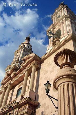Jalostotitlán - Image: Santuario de la Virgen de Guadalupe en Jalostotitlán