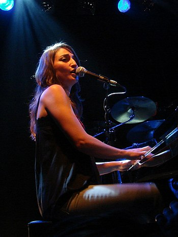 English: Sara Bareilles live at De Melkweg Ams...
