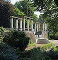 Schlosspark Putbus Schlossterrasse 03.JPG