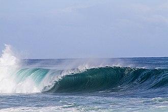 Sea spray - Sea spray generated by breaking surface waves