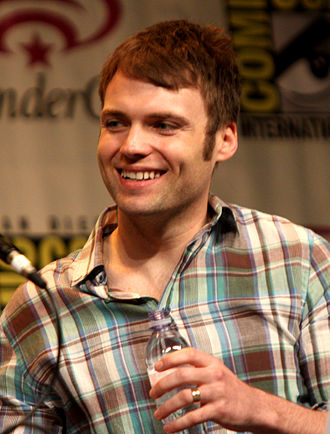Fringe (season 3) - Seth Gabel played two versions of his character, Agent Lincoln Lee.