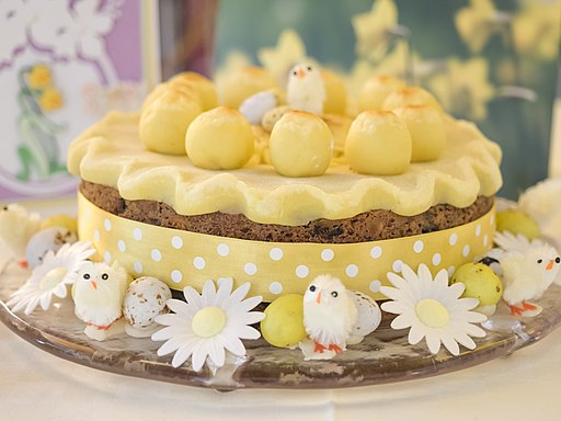 Simnel cake (25536812193)