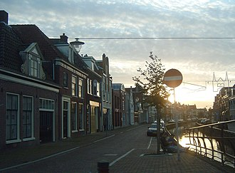 Sneek - The canal Kleinzand in Sneek (2006)