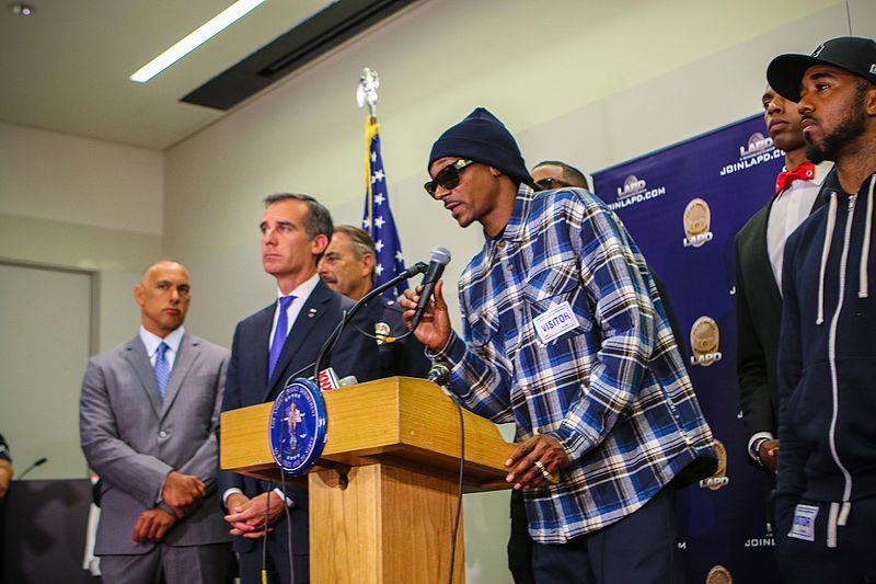 Snoop Dogg speaking at press conference.jpg