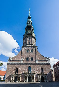 St. Peter's Church facade, Riga, Latvia - Diliff.jpg