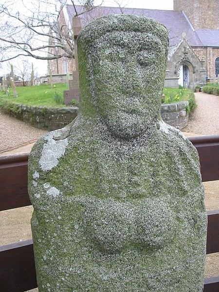 File:St Martin's statue menhir Guernsey.jpg