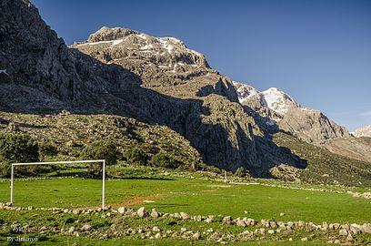 Stade (agouni athman).jpg