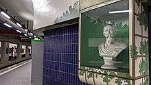 Büste von Emanuel Geibel im U-Bahnhof Geibelstraße in Hannover (Quelle: Wikimedia)