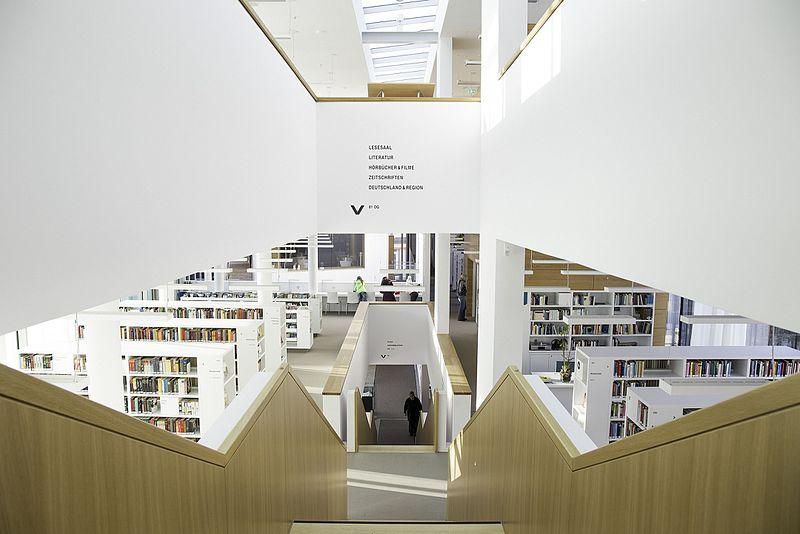 Datei:Stadtbibliothek Nordhausen 2017 - 1.jpg