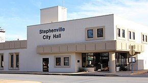 Stephenville Texas City Hall 2017.jpg