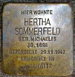 Photo of Hertha Sommerfeld brass plaque